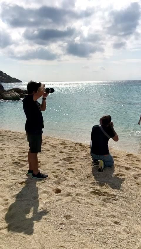 The sun is shining, the weather is still hot, and the incredible Platis's Gialos beach is literally at our feet. Sneak peek from behind the scenes of @myconianambassador 's photoshoot. Photography: @c.drazos @dimitris_chachlas Videography: @lefteris__k Stylist: @elfilize Media Agency: @else_agency Communication Director: @elsasoimiri . . . #MyconianAmbassador #MyconianCollection #MyconianLifestyle #MyconianExperience #FeelMyconian #photoshoot #PlatisGialos #behindthescenes